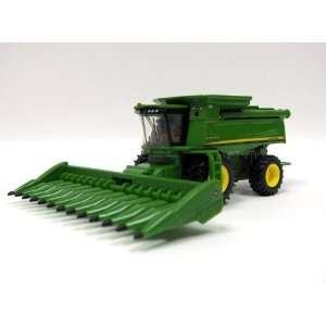 1/64th 2009 Farm Show John Deere 9770 STS Combine Toys & Games