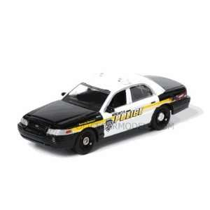 Greenlight 1/64 Wichita, KS Police Ford Crown Vic   PRE