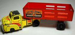 VINTAGE WYANDOTTE VALLEY FARMS LIVESTOCK TRAILER TRUCK