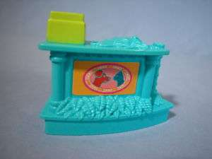 Fisher Price Sweet Streets Pet Shop Counter w/ Register