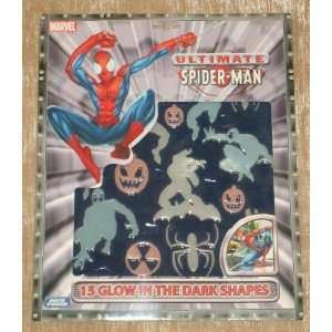 ULTIMATE SPIDER MAN   15 GLOW IN THE DARK SHAPES Toys
