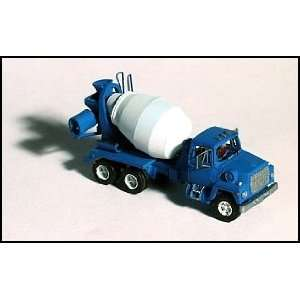 GHQ N Scale Ford 9000 Cement Truck Kit Toys & Games
