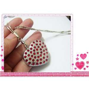 Red Heart Jewelry USB Flash Driver with 4gb Capacity
