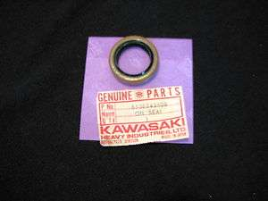 71 80 KAWASAKI KV/MT/75 Crank Case Oil Seal OEM