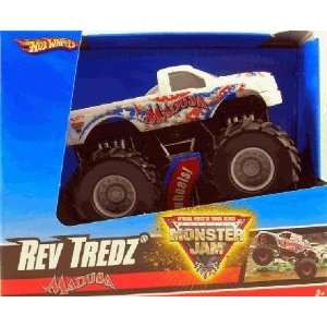 Hot Wheels Monster Jam Rev Tredz MADUSA 143 Scale Collectible Truck