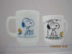 LOT 2 SNOOPY coffee break fire king + milk glass MUGS